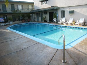 Huntington Suites Outdoor Pool